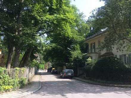 1-Zi-Whg. Villenviertel Alt-Solln mit Pool und Sauna, teilmöbliert