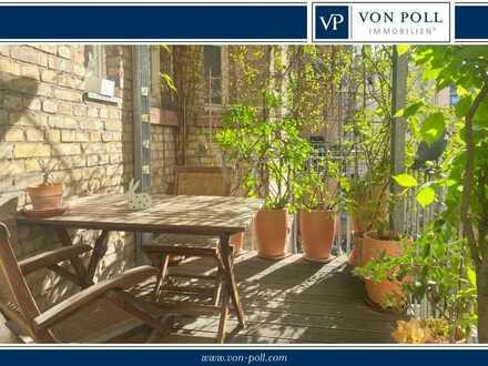 RESERVIERT von Poll Immobilien Charmante, helle Altbauwohnung mit Balkon im Herzen der Schwetzingers