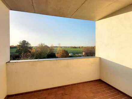 Große Wohnung mit Tageslichtbad und Wanne sowie Balkon in Narsdorf zu vermieten