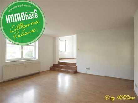 Wunderbare 4-Raum-Wohnung mit eigenem Eingang und Terrasse im Garten!