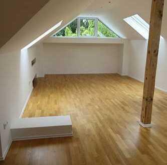 *** Repräsentatives freistehendes EFH mit Dachstudio, Garage uvm 14km südöstlich von Frankfurt/M.***