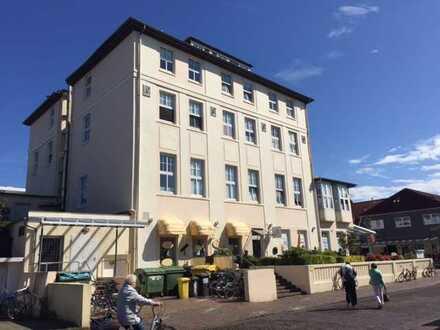 Eines der bekanntesten Häuser auf der Insel: Wohn-/Geschäftshaus
