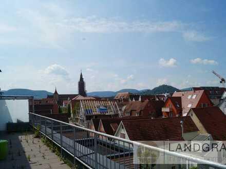 Dachgeschoss-Wohnung in City-Lage mit großer Terrasse