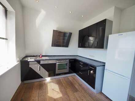Helle 2-Zimmer Wohnung mit einzigartigem Fernblick in BO-Linden