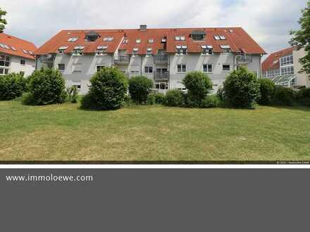 *CHARMANT & BARRIEREFREI* Attraktive 3-Raum- Erdgeschoss-Wohnung mit gemütlicher Terrasse