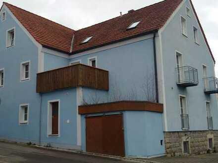 Wohn- Geschäftshaus mit 3 Wohnungen in Rötz Kreis Cham