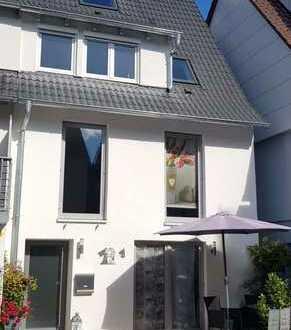 Erstbezug nach Sanierung mit EBK und Terrasse: schöne 5-Zimmer-Wohnung n Bad Liebenzell-Möttlingen