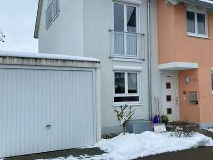 Schönes Haus mit sechs Zimmern in Ulm, Donaustetten