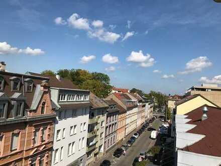 Unser Geschenk an Sie - 1. Monat mietfrei wohnen - schöne 3-ZW + EBK + Balkon!