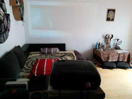 Gemütliche 2-Zimmer-Wohnung mit Balkon und EBK in Ingolstadt Mitte