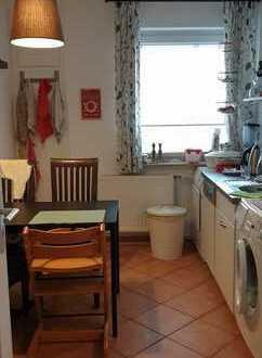 Schöne und ruhige 3-Zimmer-Wohnung mit Balkon und Einbauküche in Hannover