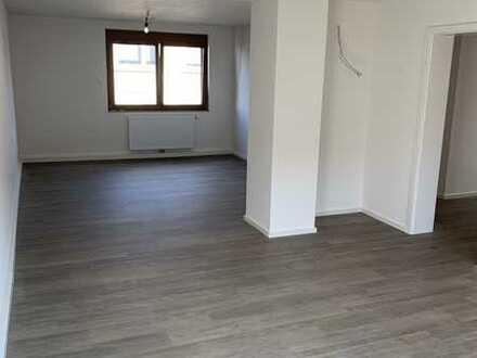 Renoviertes Einfamilienhaus mit fünf Zimmern in Hohenwart, Pforzheim