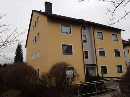 Gepflegte 3-Zimmer-Wohnung mit Balkon und Einbauküche in Marktredwitz