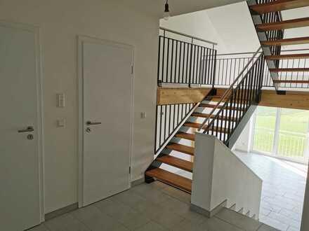 Attraktive 4-Zimmer-Wohnung in 1A-Lage, mit EBK u. Balkon - Nähe Ingolstadt