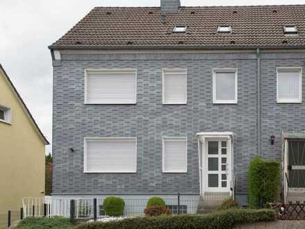 Zweifamilienhaus - Erstbezug nach Komplettsanierung