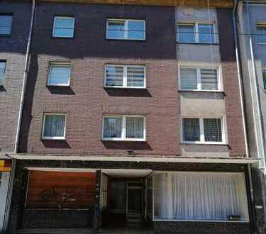 Schönes, geräumiges Wohn- und Geschäftshaus mit 15 - Zimmern in Duisburg, Marxloh Fußgängerzone
