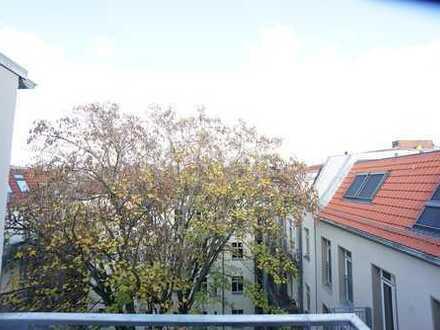 CITY-CONCEPT: Dachgeschoßneubau mit Aufzug in der Rykestraße 50 - Erstbezug -
