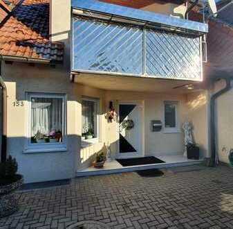 Gepflegtes Reihenhaus mit Keller, Garage und Stellplatz in der Hagenschießsiedlung, Pforzheim