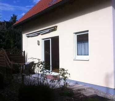 Einfamilienhaus in Traumlage mit vier Zimmern in Augsburg (Kreis), Bobingen