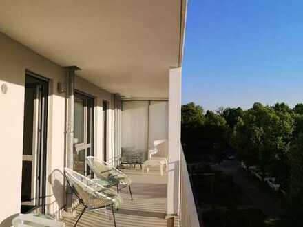 SUPERSCHICKE 2-ZI-WHG im DESIGNER-STIL,MÖBLIERT, ca.55m²,TERRASSENARTIGER Balkon,SCHÖNES HASENBERGL