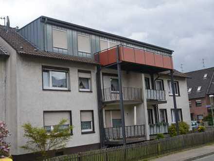 Neuwertige 3,5-Zimmer-DG-Wohnung mit Balkon in Essen