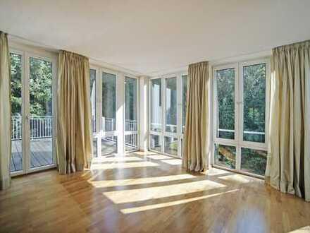 Schwabing-Luxusresidenz am Englischen Garten!Traumhafte 4 Zimmer Terrassenwohnung auf Parkgrundstück