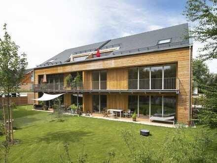 Wohnen am Starnberger See, schnell in der Stadt! 3-Zi. Dachgeschosswhg. Feldafing, neuwertig BJ 2014