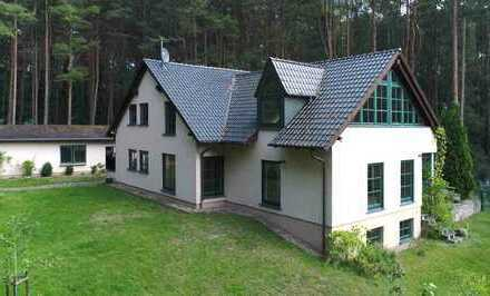 Großes Haus in schöner Abseitslage von Lindow (geeignet für 2 Familien)