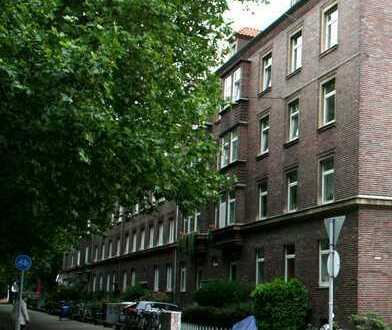 Gepflegte 4-Zimmer-Wohnung mit Balkon und EBK in Hannover