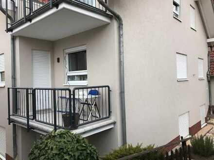 Gepflegte 3-Zimmer-Wohnung mit Balkon und Einbauküche in Wallertheim