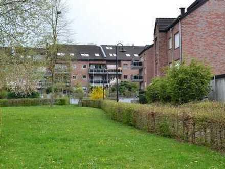 Gepflegte 4-Zimmer-Maisonette-Wohnung mit Loggia, Einbauküche und großem Dachstudio