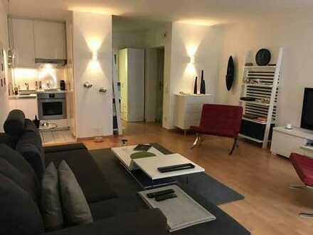 Modernisierte, unmöblierte 1-Zimmer-Wohnung mit Einbauküche in Bonn-Poppelsdorf