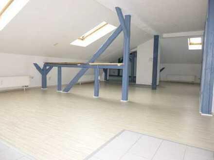 1-Raum-Loftwohnung im Zentrum von Greiz