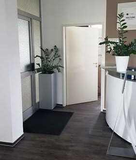 Attraktive und helle Büroräume in einem sehr gepflegten Bürohaus - Industriegebiet Bernhausen