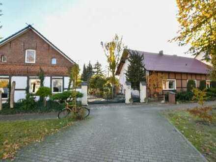 PROVISIONSFREI - EFH mit ELW + Nebengebäuden und idyllischer Gartenanlage, Schönwald