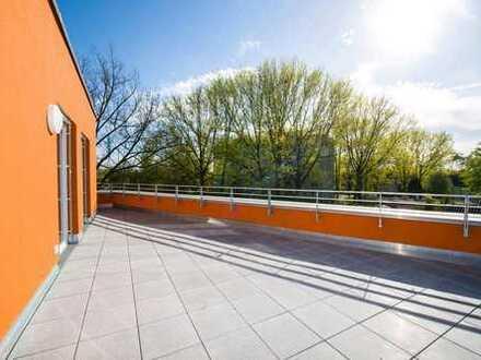 Terrassenwohnung mit Einbauküche