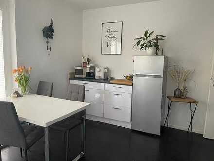 2-Zimmer-EG-Wohnung mit Garten, Terrasse und Einbauküche im Seidenfaden OG, neuwertig