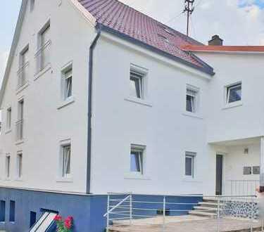Umfangreich saniertes Zweifamilienhaus zur Selbstnutzung oder Kapitalanlage