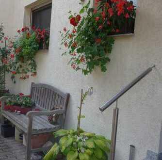Sehr großes Ein- bis Zweifamilienhaus in Bestlage von Affalterbach