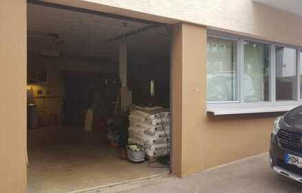 Werkstatt oder Lagerräume mit Haus