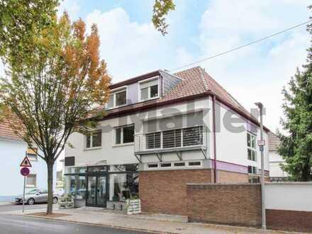 Geräumiger 3-Zi.-Wohntraum mit 2 Balkonen und Garagenstellplatz in Oppau
