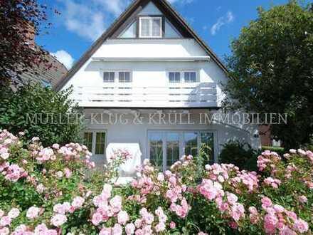 Romantische Wohnung mit Südterrasse und Innenhof an den Wiesen im Süden Westerlands