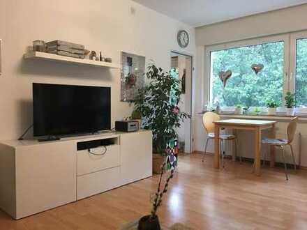Schöne hervorragend angebundene 2-Zimmer-Wohnung mit Balkon und Einbauküche in Bochum
