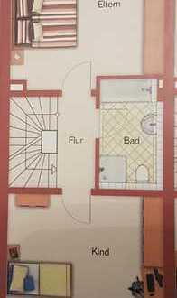 Schönes, geräumiges Haus mit vier Zimmern in Köln, Widdersdorf