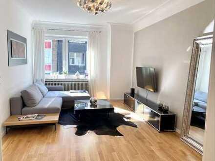 Wunderschöne, helle 2-Zi-Wohnung mit Balkon und Einbauküche in perfekter Lage