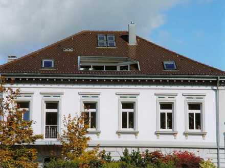 Repräsentative Büroräume -auf Wunsch möbliert-in kernsanierter Jugendstilvilla -70 qm/Albst.-Ebingen