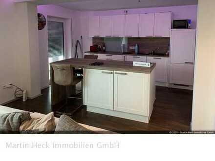 Renovierte 2-Zi.-Wohnung in schöner Lage von Sasbach mit Balkon u. Garage