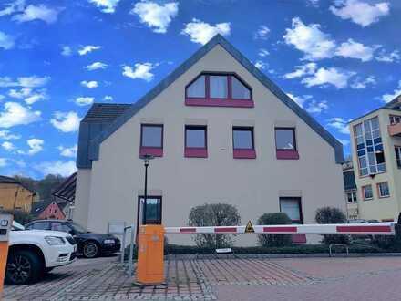 Große Familienwohnung in Amtsberg - 4 Zimmer - Balkon und Stellplatz