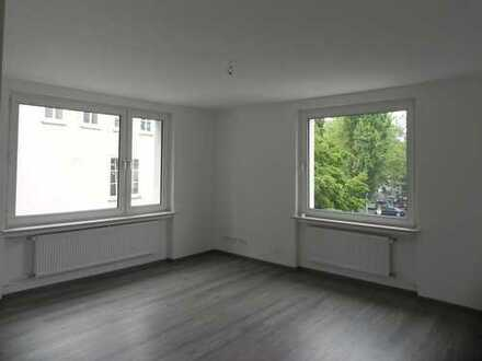 HANNOVER-MITTE: sanierte 2-Zim. City-Wohnung mit LOGGIA + nahe Kröpcke, Aegi, Maschsee