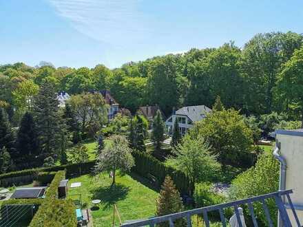 Was für ein Ausblick!! Schöne 3-Raum-Dachgeschosswohnung mit Stellplatz am Küchwald